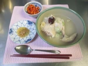 参鶏湯を作ろう (23)