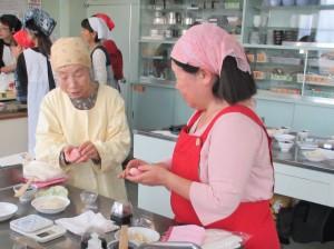 練り切りで和菓子作り (3)